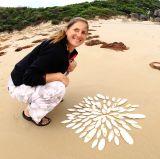 Beach artist at work