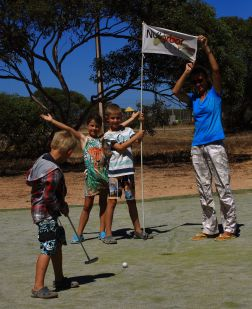 Fun at Windmills par 4