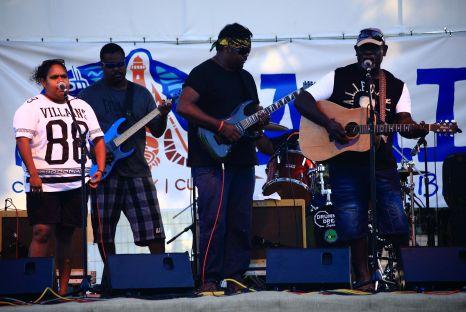 Lombadina band