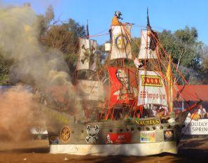 Boat Battle spectacular