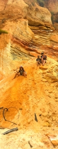 Coloured sands and Sandy