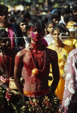 Many devotees seem to be in a trance